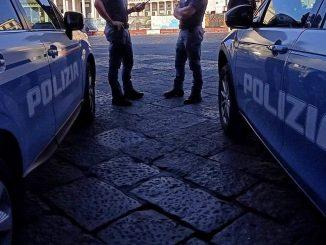 Polizia in azione contro la camorra