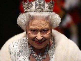 Regina Elisabetta biografo