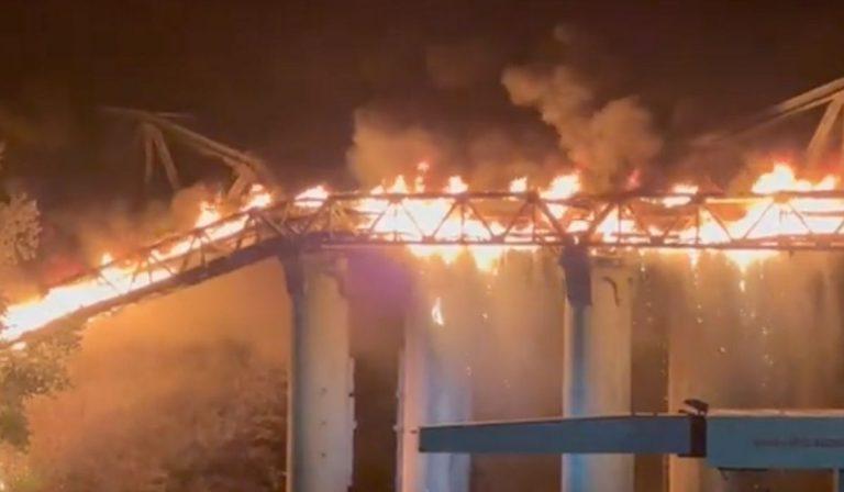 Roma incendio ponte