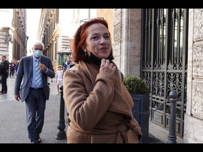 Roma, la senatrice Granato entra senza Green Pass a Palazzo Madama: sospesa per 10 giorni