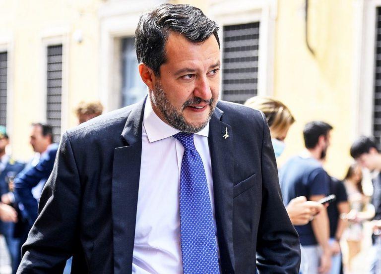"""Matteo Salvini, la bufera """"Lobby Nera"""" tocca anche la """"sua"""" Lega"""