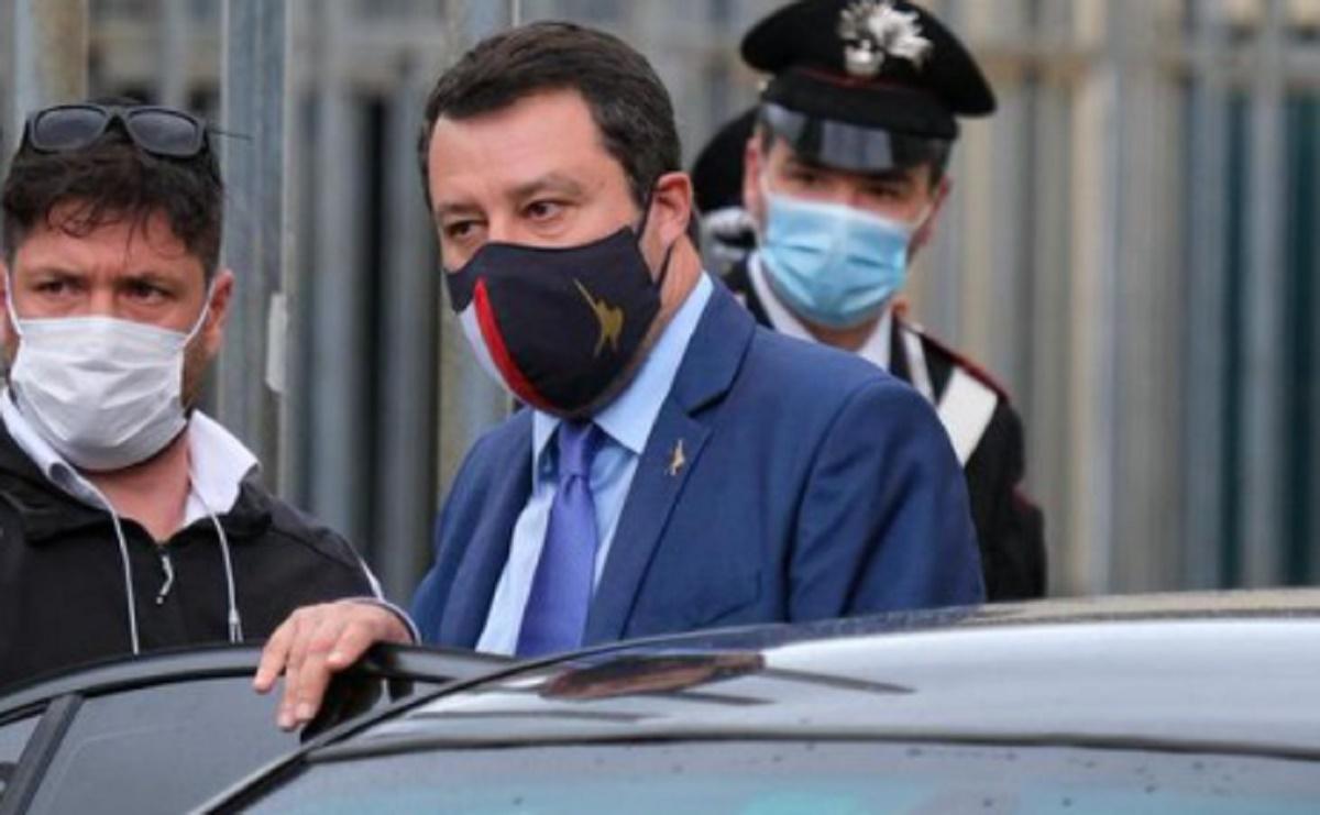 Open Arms, al via il processo a Salvini nell'aula bunker di Palermo: l'accusa è di sequestro di persona