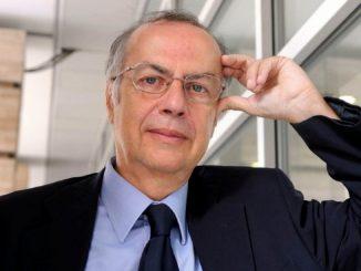 Il professor Carlo Signorelli