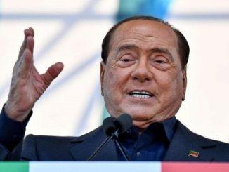 """Governo, Silvio Berlusconi sull'ipotesi del voto anticipato: """"Sarebbe irresponsabile"""""""