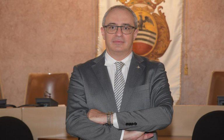 """Voghera, il testimone della sparatoria: """"L'assessore Adriatici ha esploso il colpo di pistola da ter"""