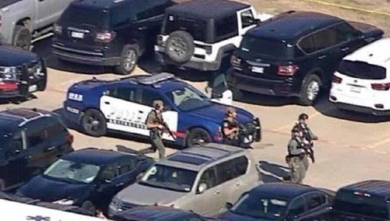 sparatoria liceo Texas