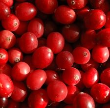 article page main ehow images a06 0v ok dilute cranberry juice water detox 800x800