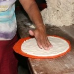 article page main ehow images a07 01 65 warm corn tortillas 800x800 150x150
