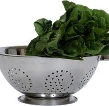 article page main ehow images a08 2r iu sautee spinach garlic oil 800x800