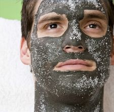 article page main ehow images a02 19 4m care mens oily skin 800x800