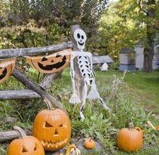 Decorazioni di halloween fatte in casa per il prato - Decorazioni casa halloween ...